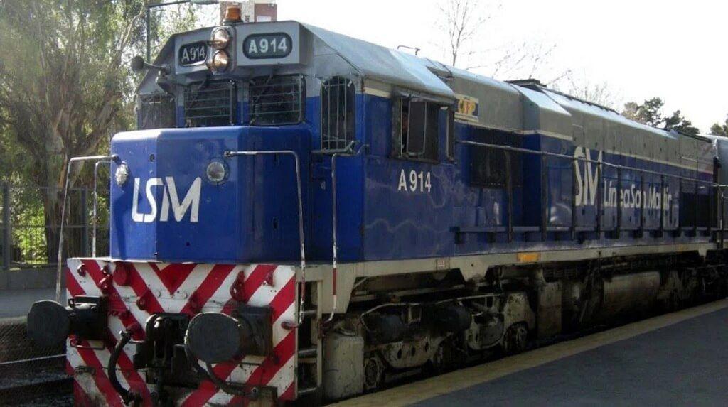Locomotora histórica del tren San Martín